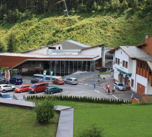 Talstationen der beiden Seilbahnen AlpineResort Zell am See