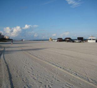 Strand beim Hotel Nautilus, a SIXTY Hotel