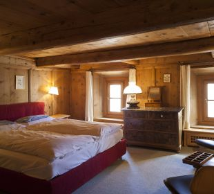 Romantik Zimmer Nr. 36 Chesa Salis Historic Hotel Engadin