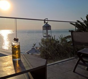 Blick von der Strandbar  Anthemus Sea Beach Hotel & Spa