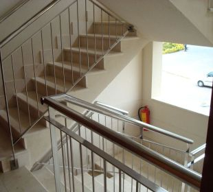 Treppenhaus zum Appartement Aparthotel Duva & Spa