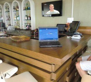 Internetanschluss mit Laptopnutzung gratis! Hotel Royal Heights Resort