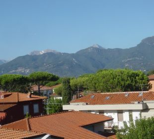 Vom Balkon im 3. Stock zu den Apunischen Alpen Hotel Fortunella