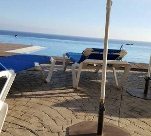 Piscina infinita Playacalida Spa Hotel
