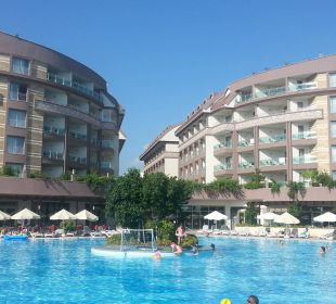Rückansicht Hotel incl. Pool Hotel Seamelia Beach Resort