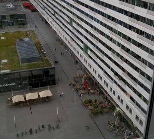 Ausblick auf den Prager Platz Pullman Dresden Newa