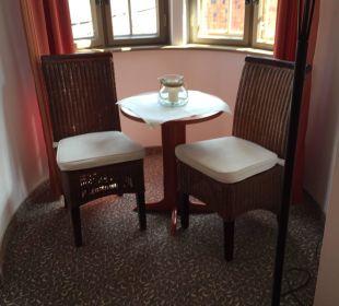 Sitzecke mit wunderbarem Ausblick Hotel Wyndham Garden Quedlinburg Stadtschloss