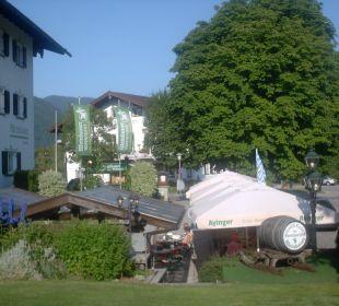 Rückwärtiger Eingang zum Restaurant Hotel Bellevue