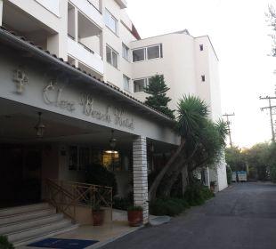 Hoteleingang Hotel Elea Beach