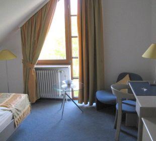 Einzelzimmer im Dachgeschoss Hotel Garni Körschtal