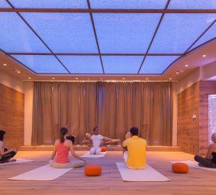 Yoga im Himmelreich Hotel Alpin Spa Tuxerhof