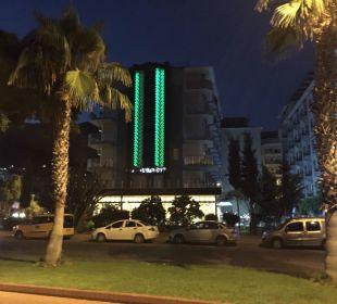 Bei Nacht Kleopatra Melissa Hotel