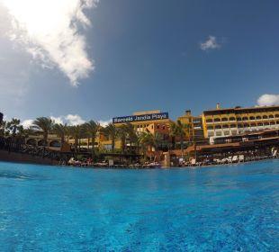 Hotel vom Pool aus Hotel Barcelo Jandia Playa