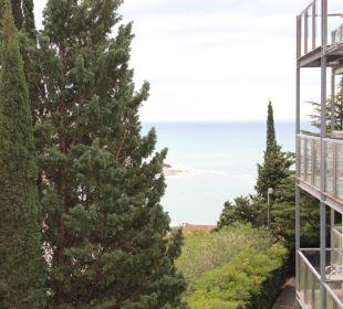 Seitlicher Meerblick vom Zimmer Hotel Queen of Montenegro