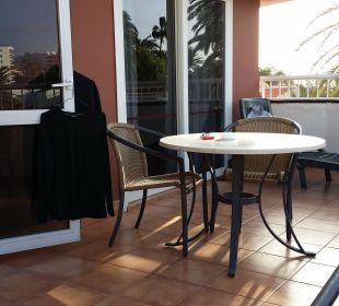 Terrasse mit Zugang Schlafzimmer und Wohnraum Apartments and Bungalows Sol Barbacan