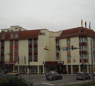 Außenansicht mit Kreuzung Achat Premium Hotel Neustadt/Weinstraße