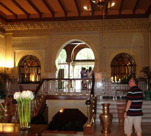 In der Lobby Hotel Alhambra Palace