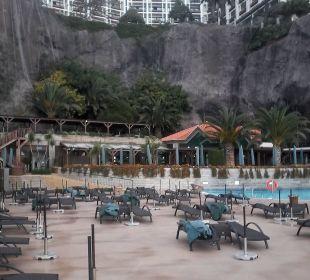 The Cliff Bay Hotel von der Sonnennterrasse aus Hotel The Cliff Bay (PortoBay)