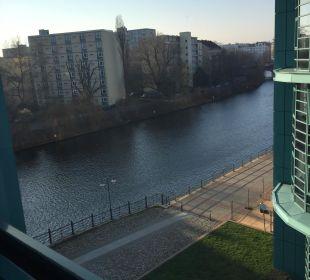 Ausblick aus dem Zimmer Ameron Hotel Abion Spreebogen Waterside Berlin
