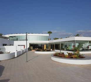 Weg vom Wohnbereich zur Rezeption Hotel Las Costas
