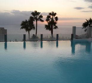 Blick auf den oberen Pool ClubHotel Riu Vistamar