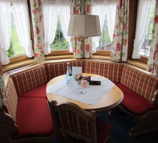 "Sitzecke im Ercker DZ ""Zillertal"" Olympia Relax Hotel Leonhard Stock"