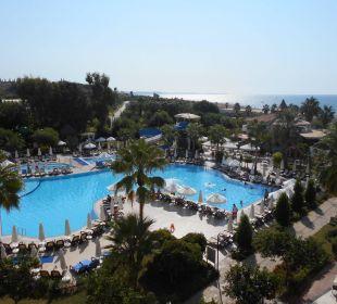 Außenpool mit Wasserrutschen Side Sun Bella Resort & Spa