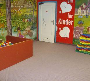 Kinderspielzimmer - nicht zu empfehlen! Aktivhotel & Gasthof Schmelz