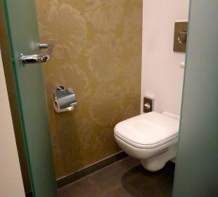 Separate Toilette  Innside Dresden
