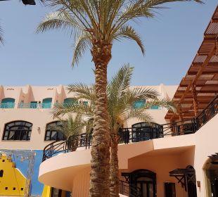 Theater Hotel Le Pacha Beach Resort