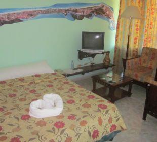 Bett im EG Barcelo Solymar Beach Resort