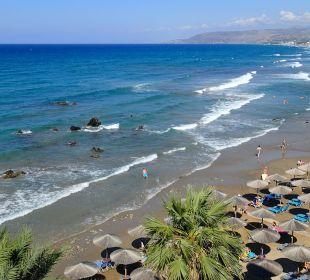 Strand vom Zimmer gesehen Hotel Corissia Princess