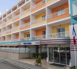 Fachada del hotel Hotel Calma