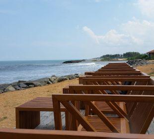 Strand von der Bar aus Hotel Ranweli Holiday Village
