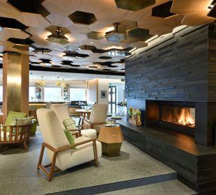 Offener Kamin mit Hotelbar Hotel Goldener Berg