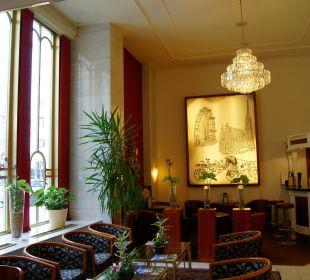 Lobby & Bar Hotel City Central
