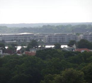 Ausblick aus dem 11. Stock a-ja Warnemünde. Das Resort.
