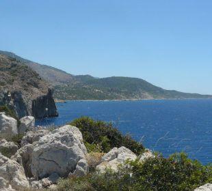 Blick von Landzunge Hotel Orkinos