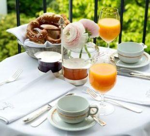 Frühstück auf dem Zimmer Hotel München Palace