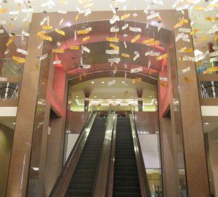 Ungewöhnlicher Rolltreppenaufgang Crowne Plaza Hotel Times Square Manhattan