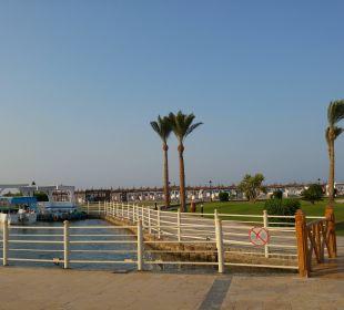 Weg zum Strand Dana Beach Resort