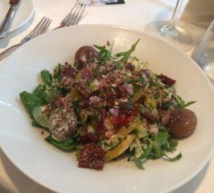 Salat vom Buffet Boutique Hotel Zum Rosenbaum
