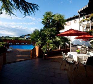 Pool-Anlage MONDI-HOLIDAY Genusshotel Tirolensis