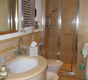 Salle de bain douche Hotel A La Commedia