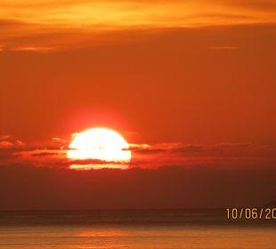 Sonnenaufgang am Morgen vom Balkon  Hotel Palos