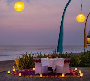Romantic dinner The Samaya Bali - Seminyak