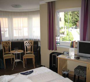 Erker und TV Hotel Castel