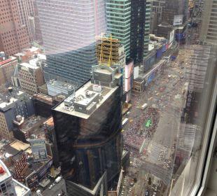 Blick aus dem Zimmer 46. Stock Crowne Plaza Hotel Times Square Manhattan
