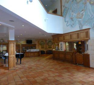 Lobby und Rezeption Dorint Sporthotel Garmisch-Partenkirchen