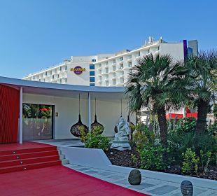 Haupteingang & Garten Ushuaia Ibiza Beach Hotel - The Tower / The Club